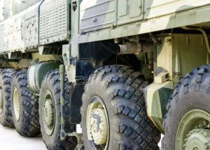Military tractor wheels